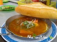 Bánh Mì Bò Kho