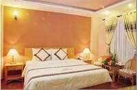 Khách sạn Đông Phương 2