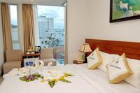 Khách Sạn Nam Hùng
