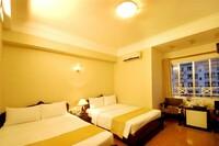 Khách sạn The Light 2