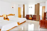 Khách sạn White Lion