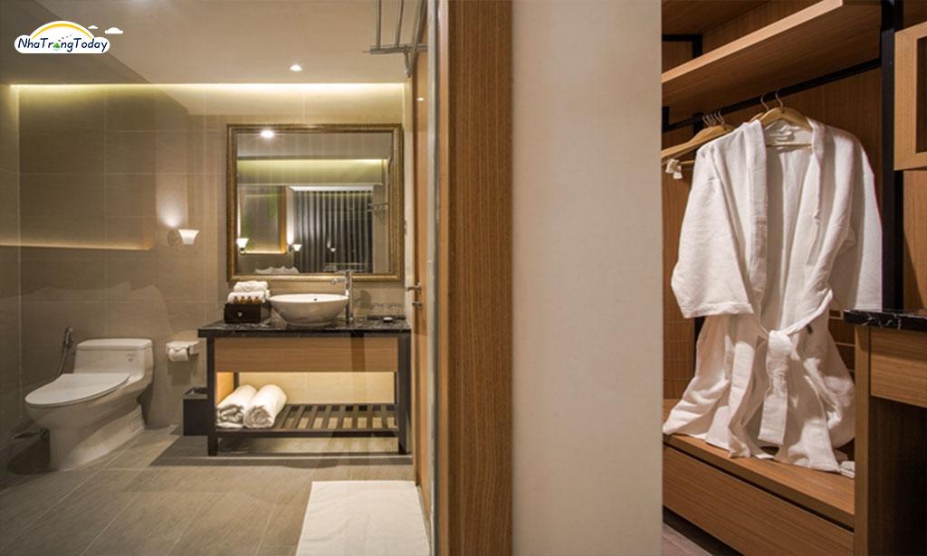 khach san  Navada Beach nha trang hotel -Deluxe city