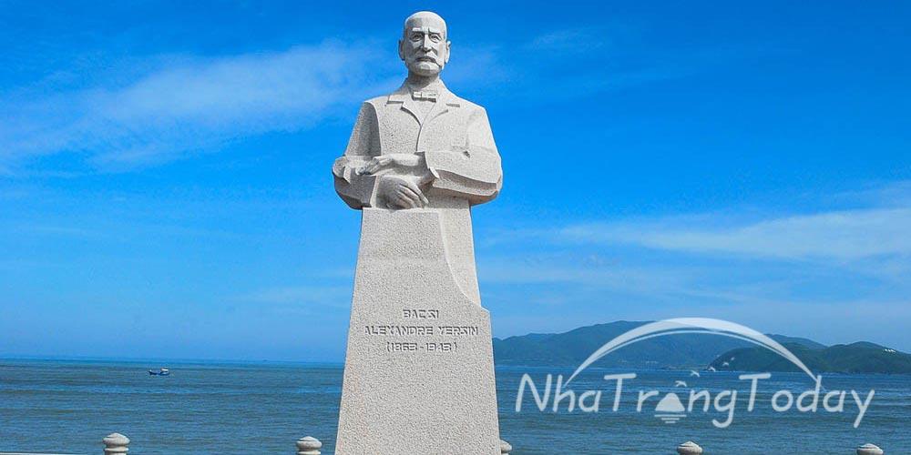 Khu tưởng niệm bác sĩ Alexandre Yersin