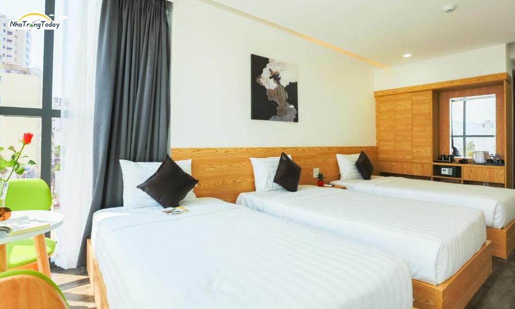 Khách sạn Larosa Nha Trang - Deluxe city view room
