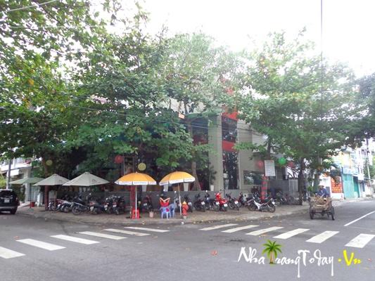 Cafe Beverly Hills