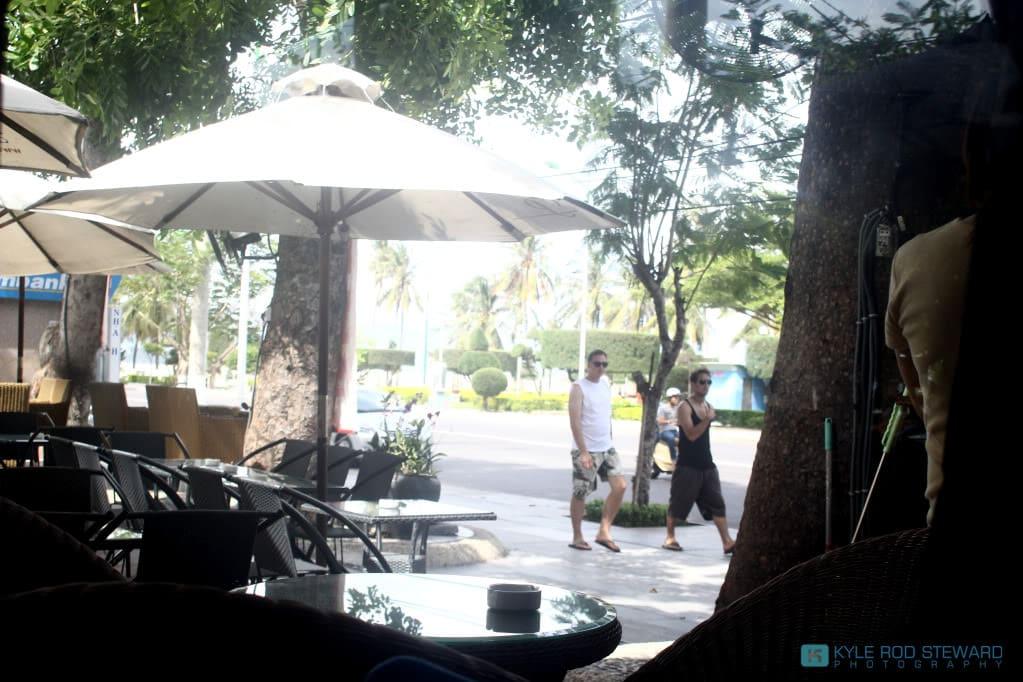 Cafe Paramount