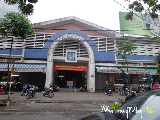 Chợ Xóm Mới
