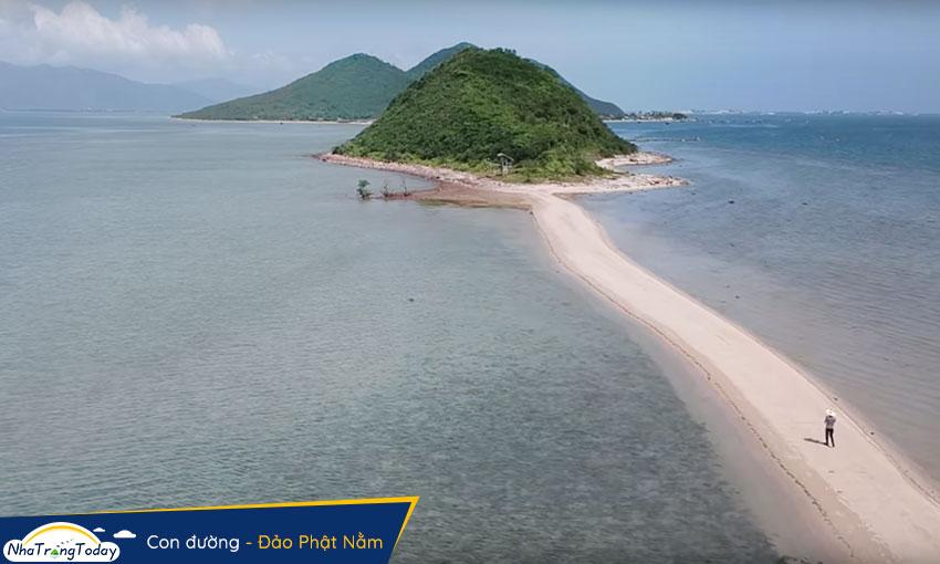 Đảo Phật Nằm - con đường đi bộ