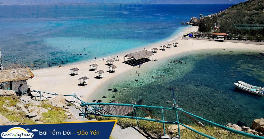 Bãi tắm đôi - đảo Yến Hòn Nội Nha Trang