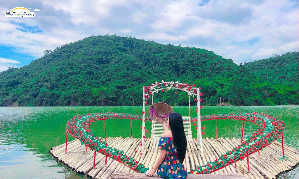 Khu du lịch Hồ Kênh Hạ Nha Trang