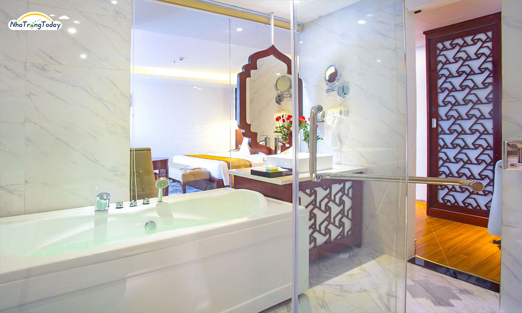 khach san Cicilia nha trang hotel - king spa hollywood
