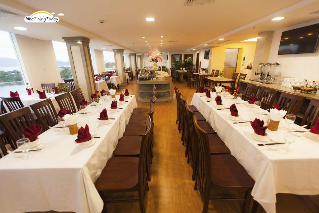 Khách Sạn Calm Seas Nha Trang