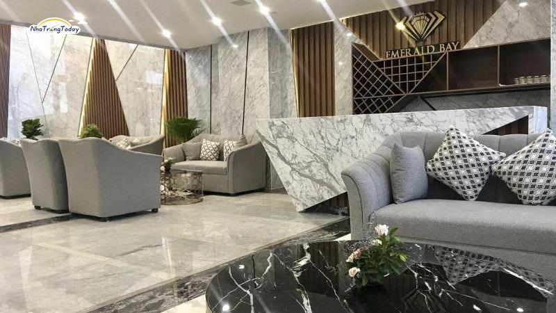 Khách sạn Emerald Bay Nha Trang