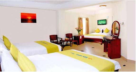 Khách sạn Golden Lotus (Sen Vàng)