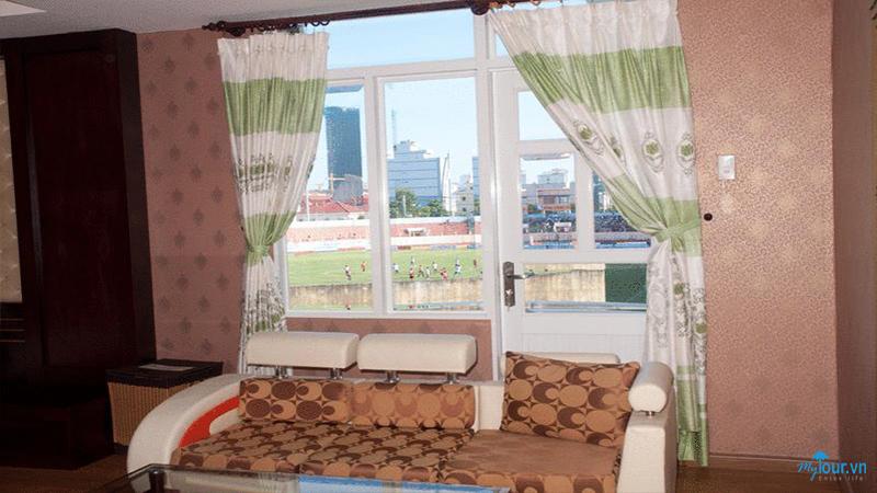 Khách Sạn Hoa Đào