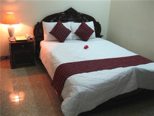Khách sạn Oriole - Hoàng Anh