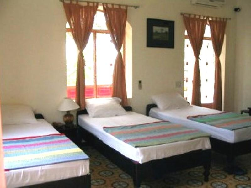 Khách Sạn Perfume Grass Inn