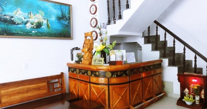 Khách Sạn Phong Lưu