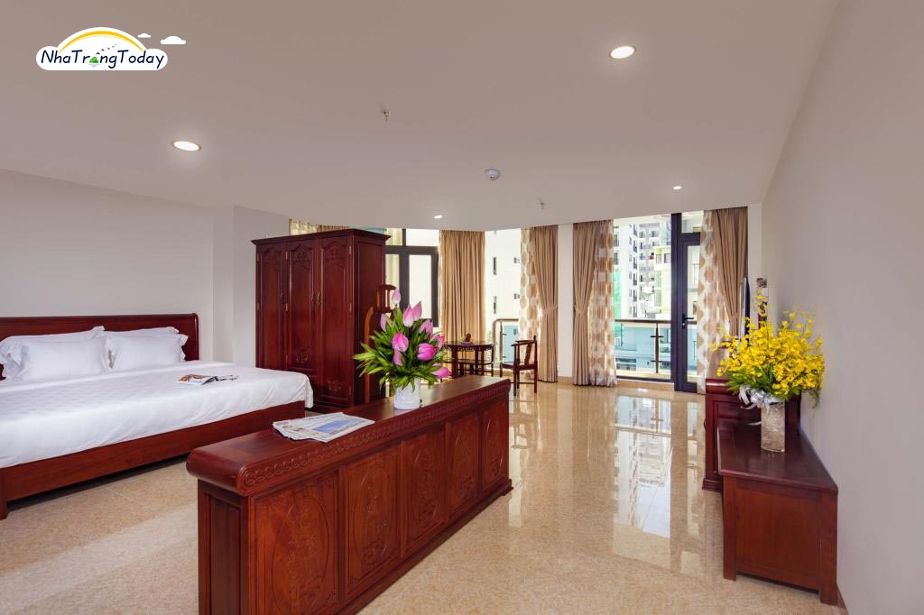 Red Sun Hotel