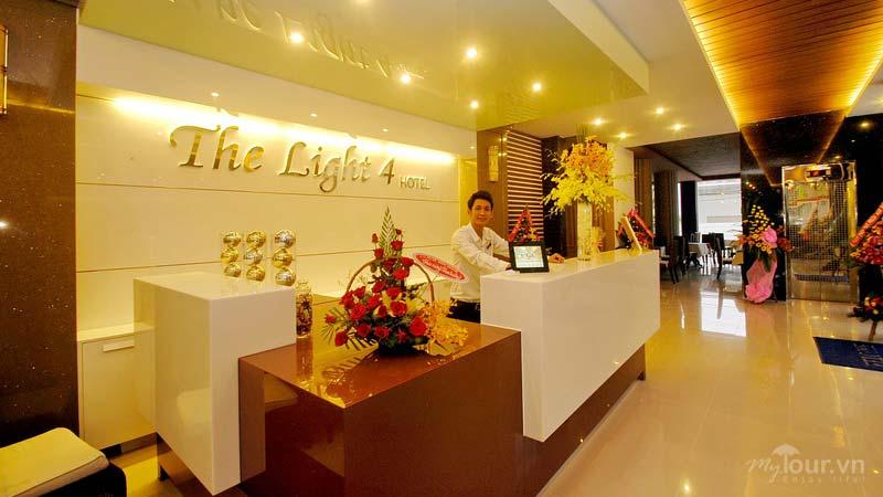 Khách Sạn The Light 4