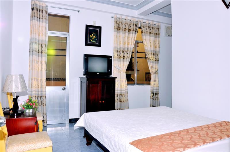 Khách sạn Tuyết Mai 2