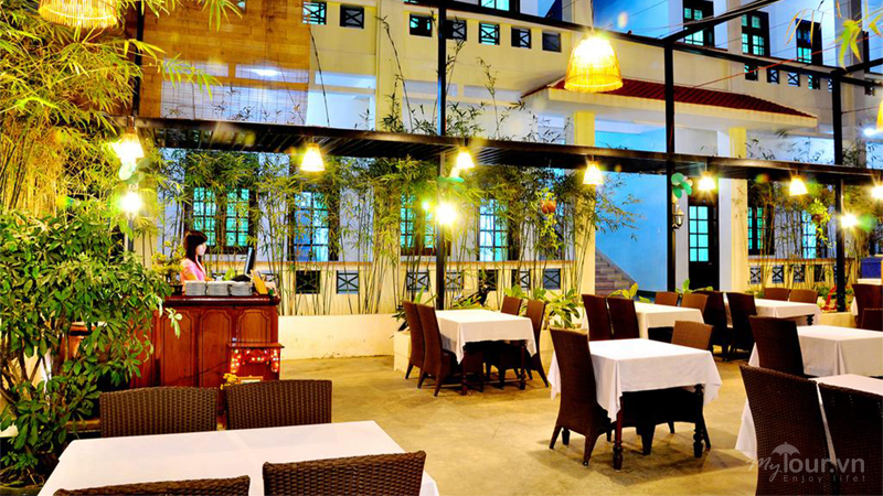 Tuyết Mai Hotel