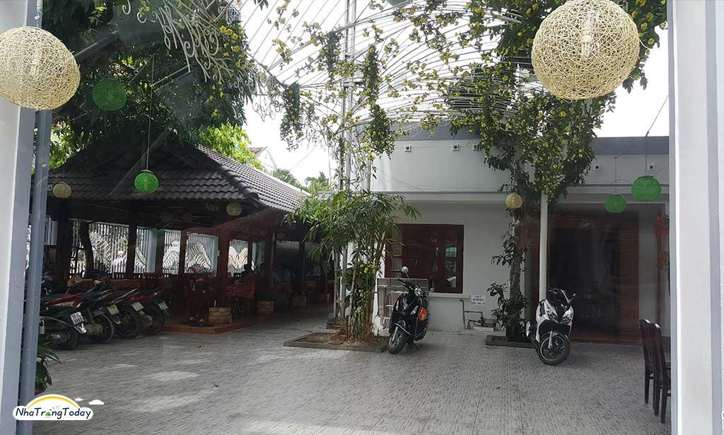 Nhà hàng Cát Biển