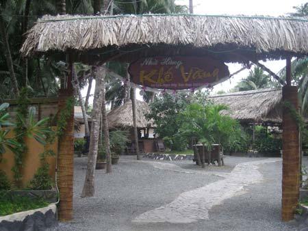Nhà hàng Khế Vàng