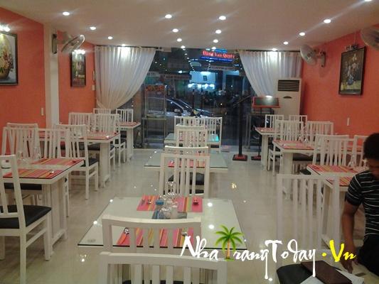 Nhà hàng Mặt Trời