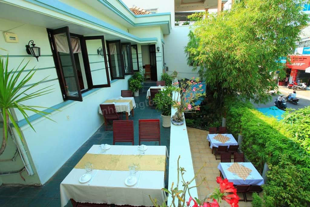 Nhà hàng Tre Xanh Quán
