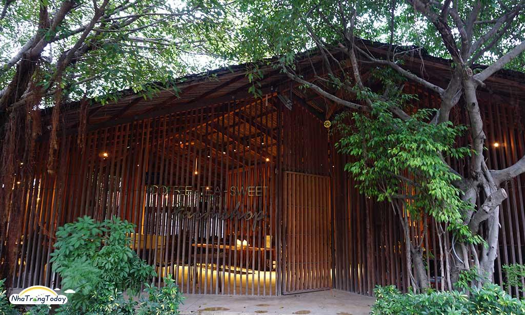 Lam Cafe