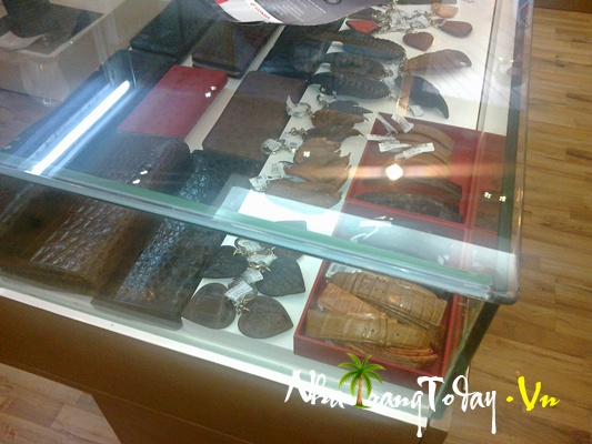 Shop thời trang Khatoco