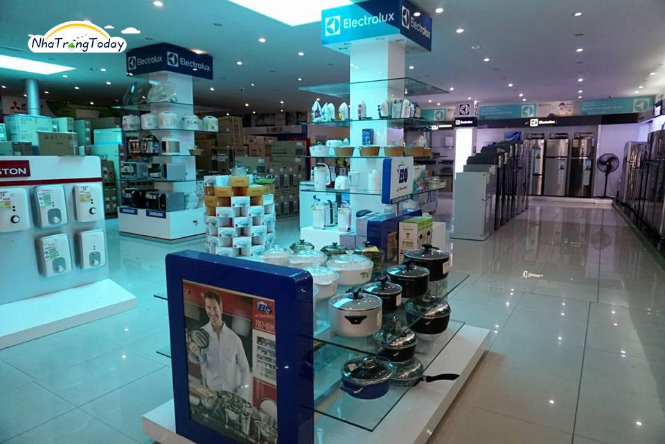 trung tâm mua sắm lê văn nha trang
