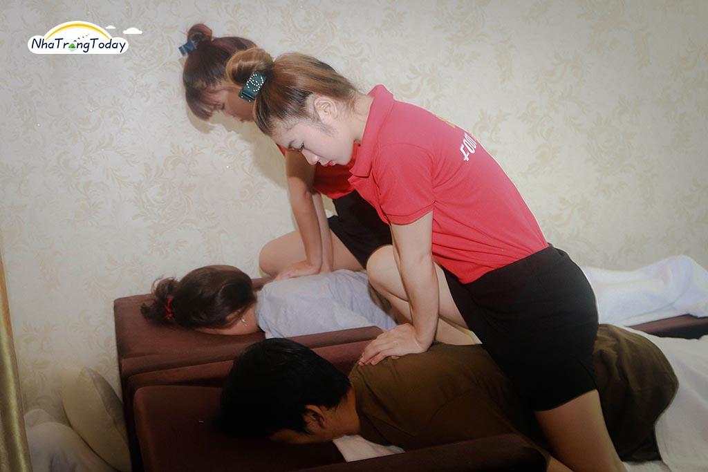 Sỏi Foot Massage