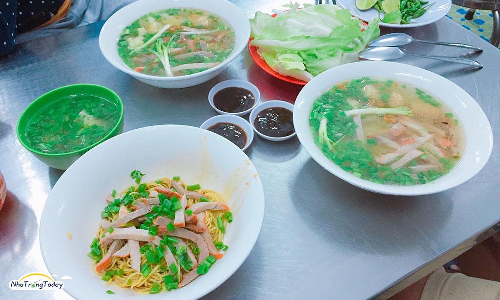 Tiệm mỳ Sanh Ký