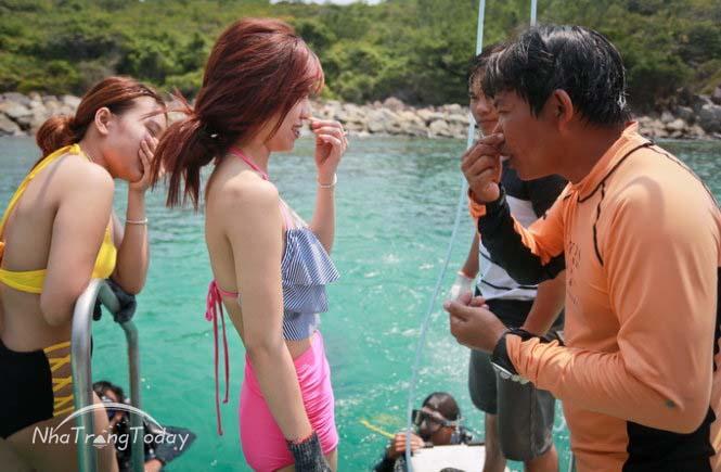 Tour đi bộ dưới biển Nha Trang [2019]