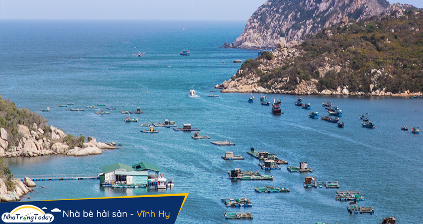Nhà bè hải sản - Vĩnh Hy