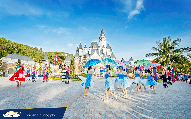 Biễu diễn đường phố Vinpearl Nha Trang